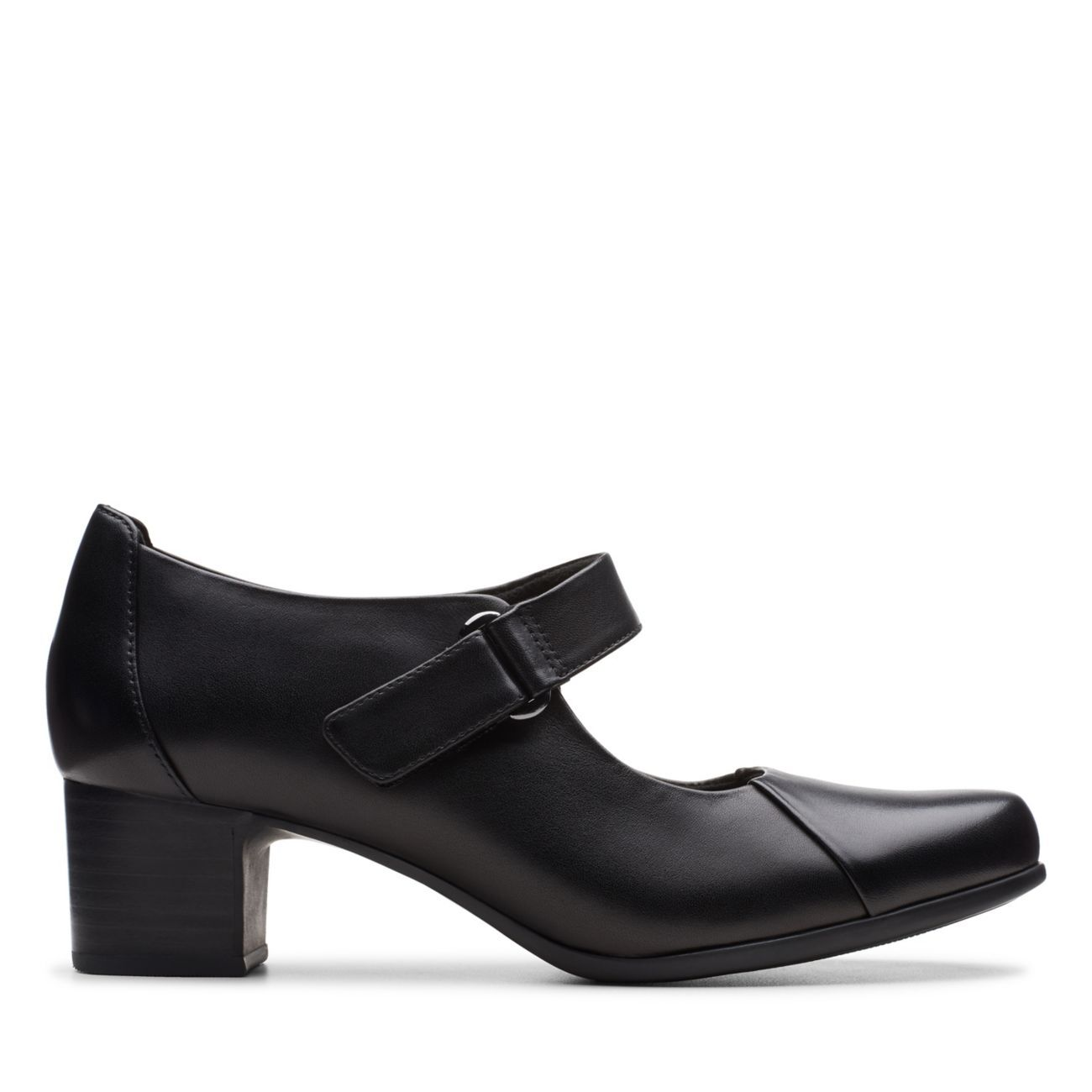 Women's Wide Fit Shoe Collection | Clarks