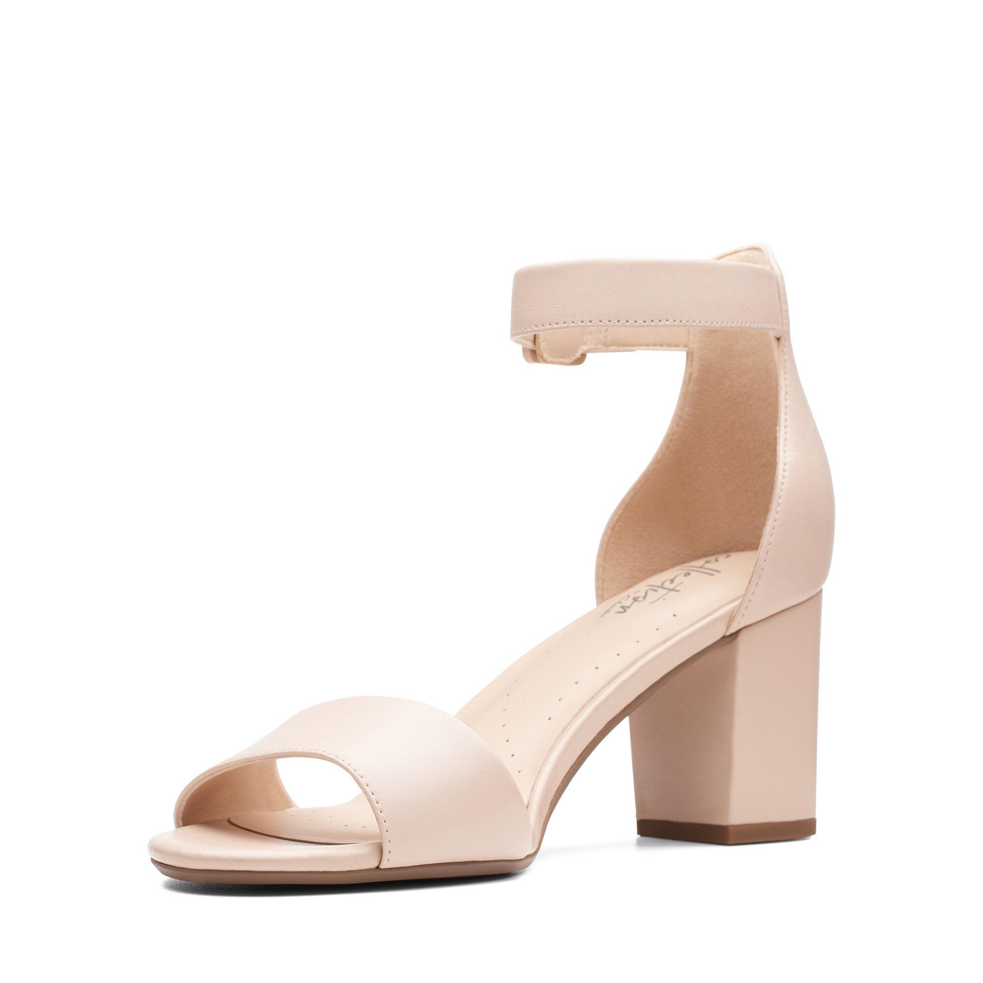 Zapatos con Tacon y Correa de Tobillo para Mujer Clarks Deva Mae