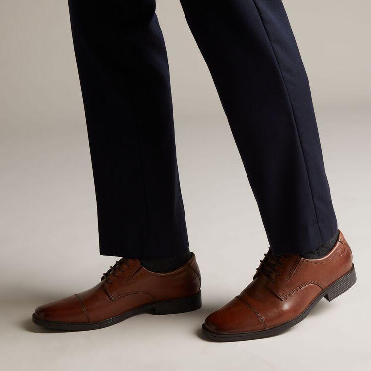 barricada nitrógeno Pólvora  Men's Dark Tan Leather Brogues - Tilden Cap   Clarks