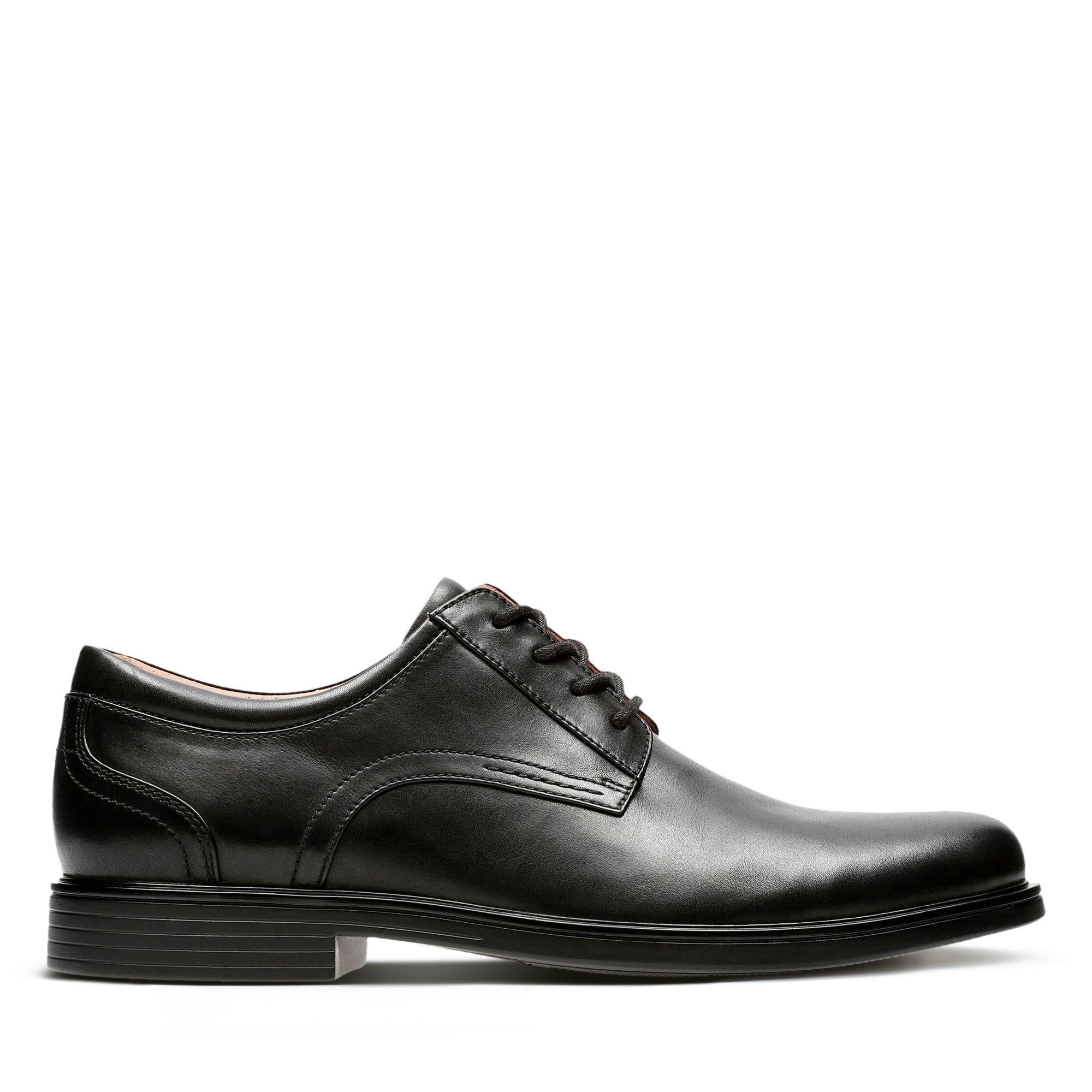 Men's Wide Fit Shoes   Clarks